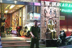 Phong tỏa quán karaoke của đại gia Phúc XO để phục vụ điều tra