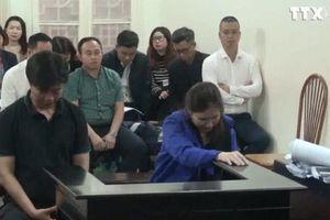 Xét xử hai vợ chồng trong vụ án lừa đảo từ dự án 'ma' nước uống học đường