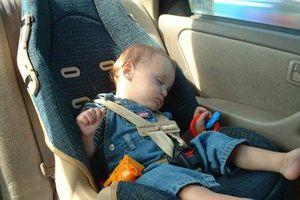 Bỏ quên con 4 tuổi trong ô tô 9 tiếng, ông bố nhận cái kết đắng