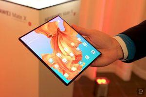 Siêu phẩm Huawei Mate X sẽ lên kệ vào tháng 6