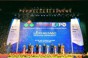 Lễ khai mạc Vietnam Expo 2019 công phu và ấn tượng