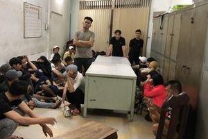 Lại phát hiện 'dân bay' phê ma túy trong vũ trường Đông Kinh