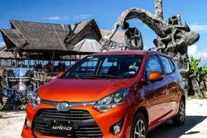 Loạt xe ô tô Toyota giảm giá mạnh: Wigo giá rẻ nay càng rẻ, chỉ 325 triệu đồng/chiếc