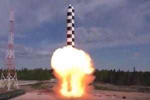 Tổng thống Putin: Siêu tên lửa 'Sarmat' sắp hoàn tất thử nghiệm