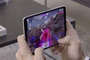 Fan Samsung có thể đặt hàng Galaxy Fold kể từ hôm nay