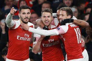 Arsenal 2-0 Napoli: 25 phút bùng nổ