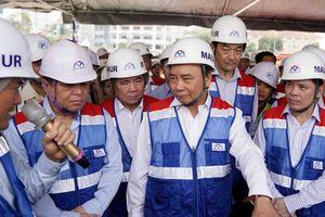 Thủ tướng Nguyễn Xuân Phúc yêu cầu hoàn thành dự án metro cuối năm 2020