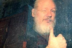 Mỹ vào cuộc sau khi trùm WikiLeaks bị tống khỏi Đại sứ quán Ecuador