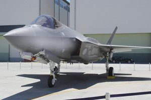 Nhật Bản triển khai tìm kiếm dưới đáy biển máy bay F-35A gặp nạn