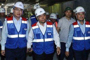 Thủ tướng Nguyễn Xuân Phúc làm việc với lãnh đạo chủ chốt TP Hồ Chí Minh