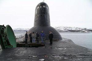 Nội thất tàu ngầm Nga có thể mang 200 tên lửa trông thế nào?
