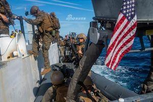 Mục kích viễn chinh Mỹ huấn luyện tác chiến chống cướp biển