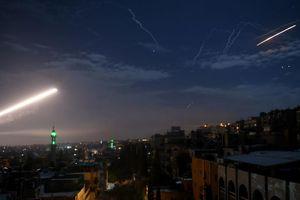 Syria tố Israel không kích, nói đánh chặn được tên lửa