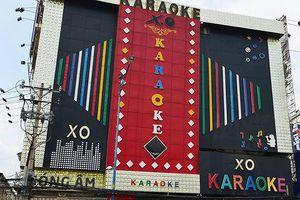 Hé lộ cảnh tượng lúc nửa đêm trong quán Karaoke do Phúc XO làm chủ