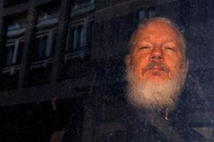 Nga chỉ trích Mỹ trả thù nhà sáng lập WikiLeaks