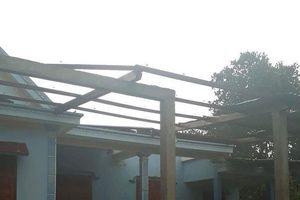 Quảng Bình: Lốc xoáy 'quét qua', 49 ngôi nhà tốc mái, nhiều diện tích cây trồng hư hại
