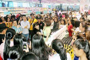 Central Group mở cửa hàng Hello Beauty ở phía Nam