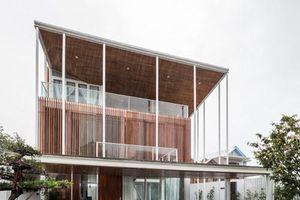 Nhà 3 tầng đẹp lung linh giữa cố đô Huế