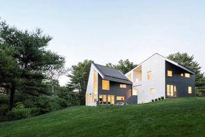 Nhà hiện đại với hệ thống chiếu sáng, thông gió hoàn hảo