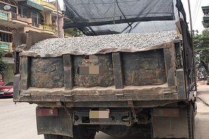 CSGT Quảng Ninh liên tục bắt giữ xe 'hổ vồ' nghi chở than