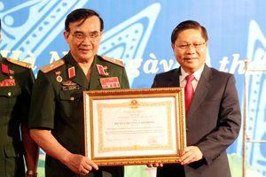 HH Doanh nghiệp của Thương binh và Người khuyết tật nhận Huân chương nhân dịp 16 năm thành lập