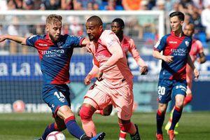 Huesca 0-0 Barcelona: Kép phụ bất lực