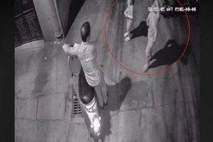 Nghi phạm xâm hại 2 bé gái trong ngõ ở Hà Nội là người đàn ông 41 tuổi