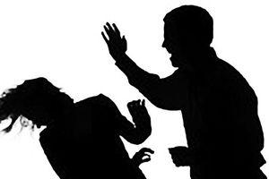 Nữ sinh viên bị người tình lừa tiền rồi đánh đập, dọa giết cả nhà vì đòi chia tay
