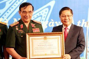 Hiệp hội DN của Thương binh và NKT đón nhận Huân chương LĐ hạng Ba