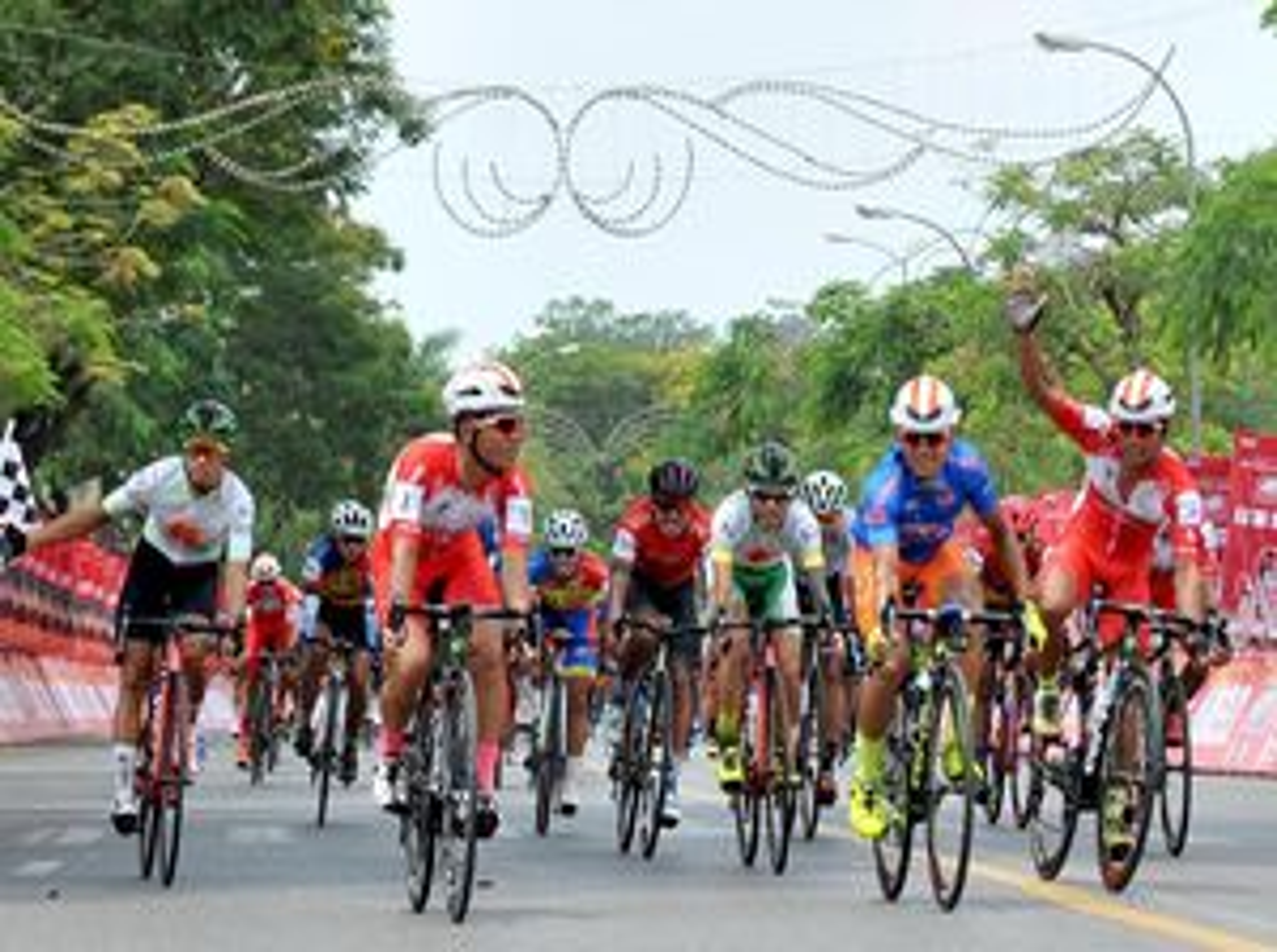 Giải xe đạp Cúp Truyền hình: Ngày đại thắng của các tay đua TPHCM