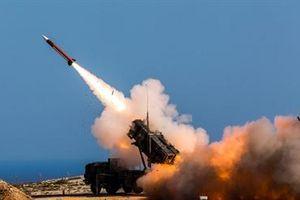 Chiêm ngưỡng dàn vũ khí Nga tung hỏa lực dồn dập ra uy với NATO