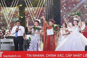 Nữ thí sinh Hà Tĩnh giành Á quân dòng nhạc dân gian Sao mai 2019