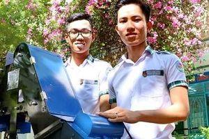 Hai nhà sáng tạo nhí và chiếc máy thu gom nông sản tự động
