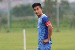 Cầu thủ Việt kiều 'hành hạ' U18 Việt Nam là ai?