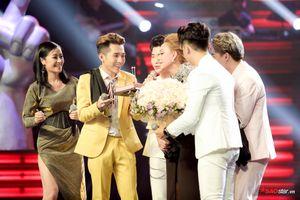HLV Thanh Hà xúc động đón sinh nhật tại The Voice 2019 và lời cảm ơn: 'Dù đã ở tuổi này nhưng vẫn được làm công việc yêu thích'
