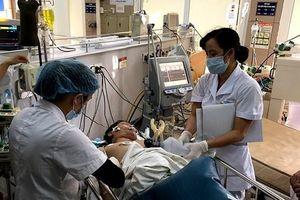 Hà Giang: Uống rượu với nước lá ngón, 1 người chết, 7 người cấp cứu