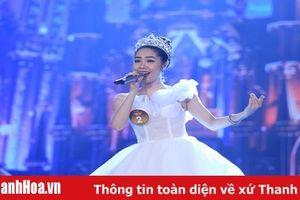Linh Chi: Cô gái xứ Thanh giành á quân Sao Mai 2019