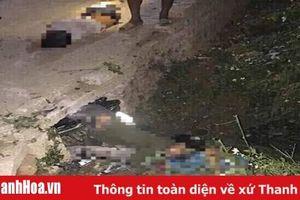Xe máy 'kẹp 3' tông vào ống cống ven đường, 3 nam sinh tử vong