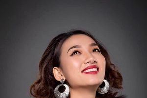 Á quân nhạc nhẹ, em gái của Thanh Tuyền Ebony sớm tự lập