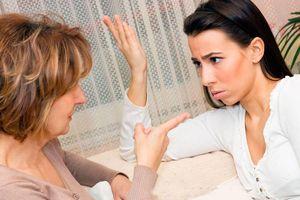 So sánh con dâu với người yêu cũ của con trai, mẹ chồng im bặt khi nghe điều này