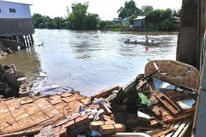 Cần Thơ: Bốn căn nhà rớt sông, thiệt hại hơn 1 tỷ đồng