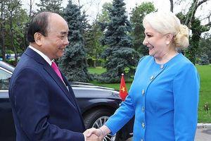 Lễ đón trọng thể Thủ tướng Nguyễn Xuân Phúc tại Romania