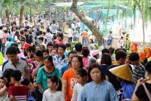 Kỳ nghỉ lễ Giỗ Tổ Hùng Vương: Các điểm vui chơi tấp nập