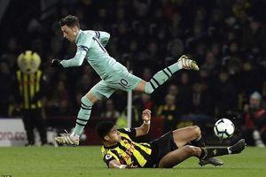 Thắng rùa Watford 1-0, Arsenal chen chân vào top 4