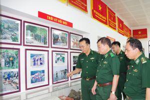 Trung tướng Hoàng Xuân Chiến thăm, làm việc tại BĐBP Nghệ An