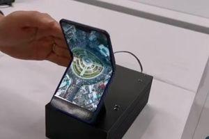 Thị trường smartphone màn gập tiếp tục được hâm nóng bởi nguyên mẫu từ Sharp
