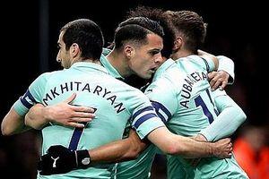 Chiến thắng đầy may mắn trước Watford , Arsenal trở lại top 4