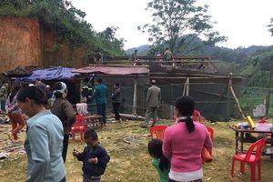 Lạng Sơn: Gần trăm nhà dân tốc mái do giông lốc