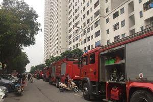 Cư dân Linh Đàm nháo nhác vì căn hộ chung cư phát hỏa