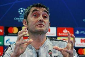 HLV Barcelona lo sợ sức mạnh tinh thần của Man Utd!
